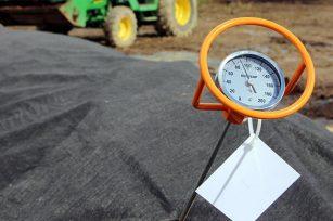 参观绿康有机堆肥工厂,有人问为什么我们的产品如此独特?